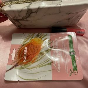 Marble Look Makeup Bag with Bonus Face Mask and Lip Gloss